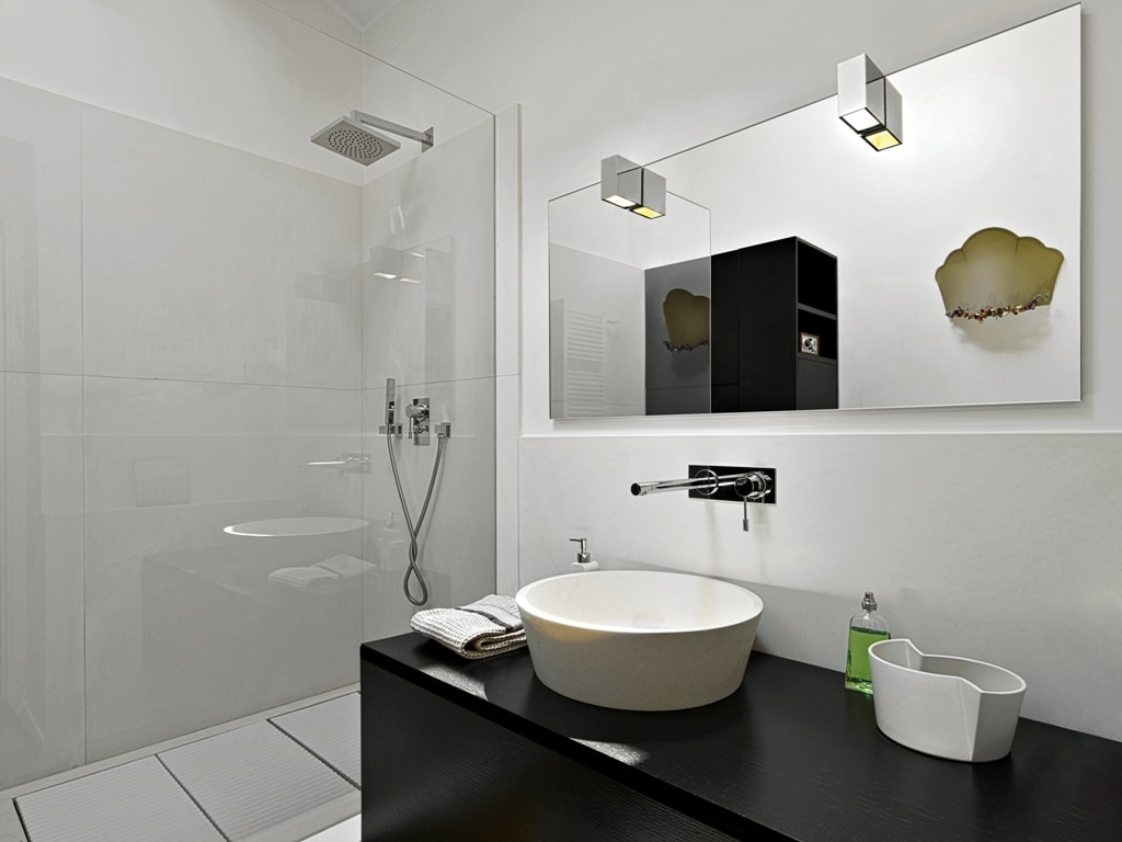 Tips For Organizing Your Bathroom For A Modern Look